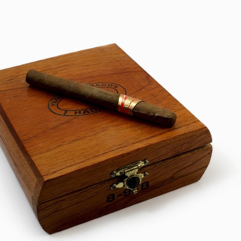 dark wood cigar box 1. Black Bedroom Furniture Sets. Home Design Ideas